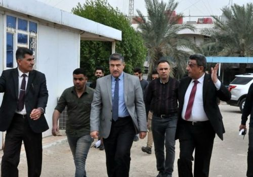 Thi Qar University President on an inspection visit to the College of Arts