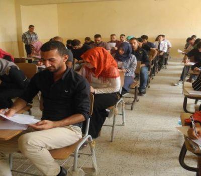 وزير التعليم يوافق على تعليق الامتحان التقويمي لطلبة المراحل المنتهية