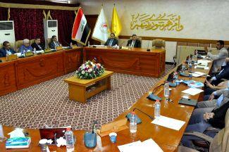 مجلس جامعة ذي قار يعقد جلسته الرابعه الاستثنائية لمناقشة سير